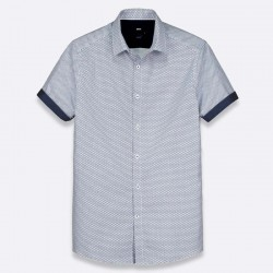 Slim shirt with short sleeves